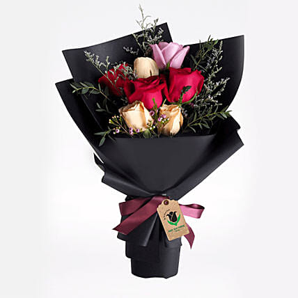 Delight Of Roses Bouquet:Send Birthday Gifts to Qatar
