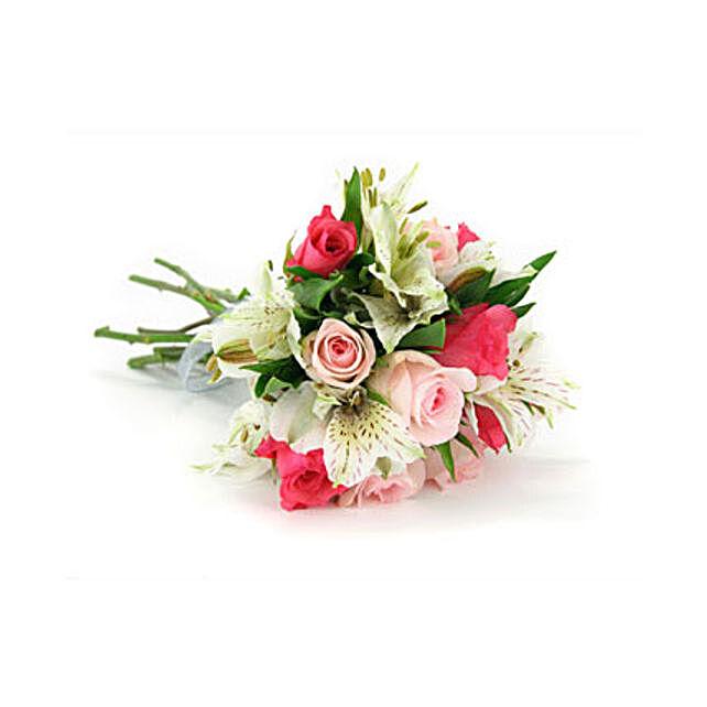 Where Love Grows:Flower Arrangements in Qatar