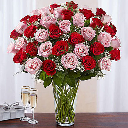 50 Vivid Red and Pink Roses In Vase:Flower Arrangements to Singapore