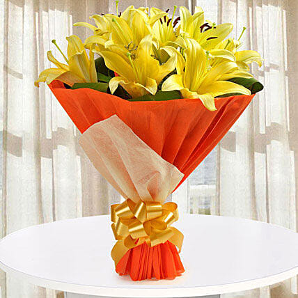 Bouquet of 10 Yellow Asiatic Bright Lilies