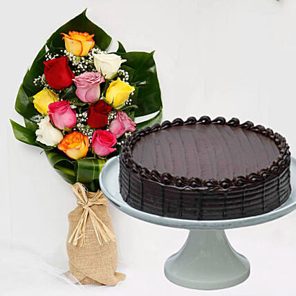 Chocolate Fudge Cake & Vivid Roses Bouquet