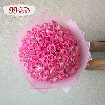 Decent Roses Boquet:Anniversary Gifts to Singapore
