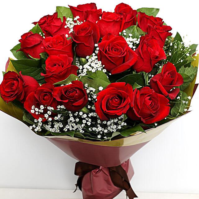 Elegant Bunch Of Roses