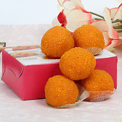 Moti Choor Laddoo:Send Sweets to Singapore