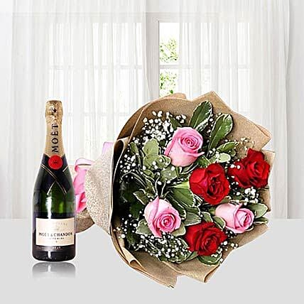 Roses Bouquet With Moet Champagne
