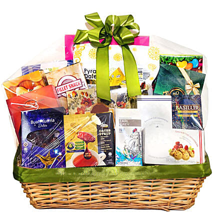 Delightful Snacks Hamper