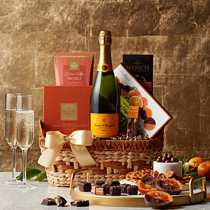 Chocolate N Caramels Gift Basket:Birthday Gift Delivery in Singapore