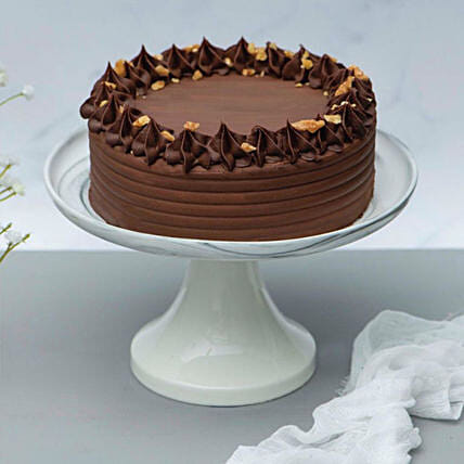 Crunchy Walnut Chocolate Cake:Gifts for Him in Singapore