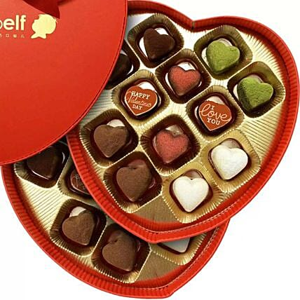 Love Truffles in Heart Box:Send Valentines Day Gifts to Singapore