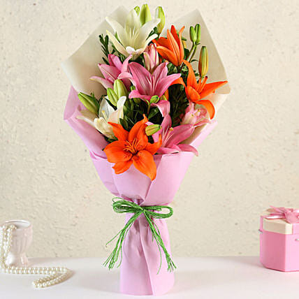 Attractive Mixed Asiatic Lilies Bunch