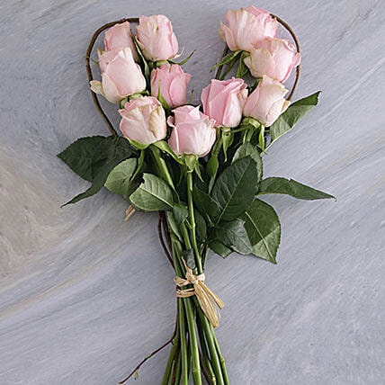 Pink Heart Bouquet:Gifts to South Africa