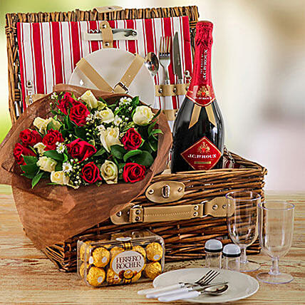 Omantic Roses And Picnic Basket For Two