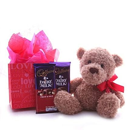 Chocolates N Teddy Hamper:Send Corporate Gifts to Taiwan