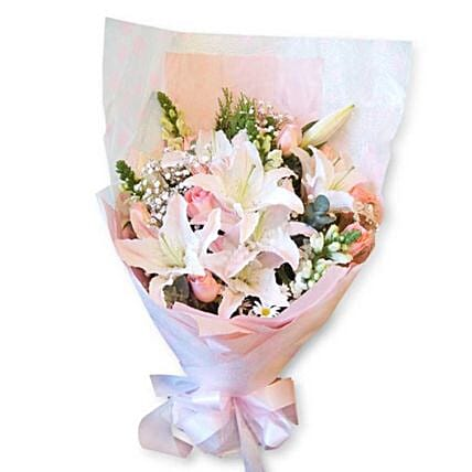 Elegant Rose And Lilies Bouquet