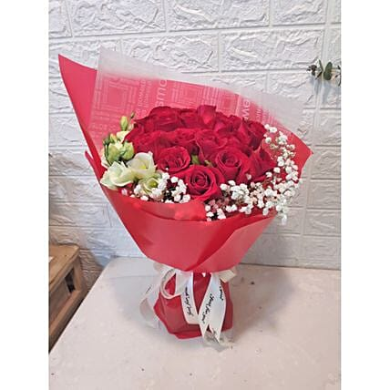 Heavenly Rose And Eustoma Bouquet:Gift Delivery in Taiwan