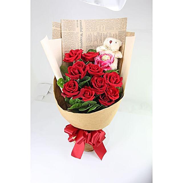 Romantic Rose Bouquet With Ferrero Rocher