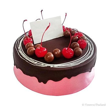 Delightful Berry Pink And Chocolate Cake