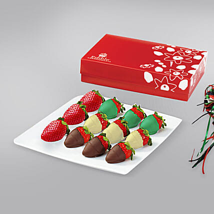 12 Strawberries Box of UAE