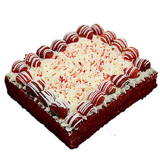 4 Portion Red Velvet Enticing Cake