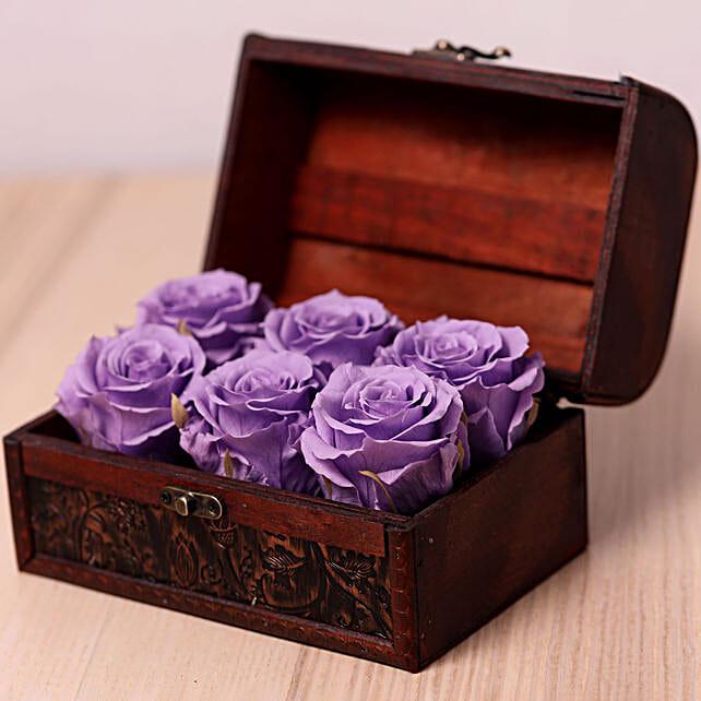 6 Purple Forever Roses in Treasure Box:Send Forever Roses to UAE
