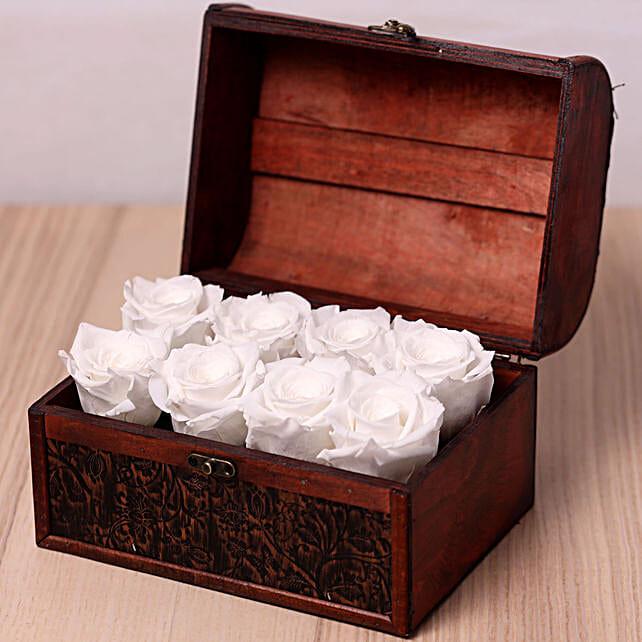 8 White Forever Roses in Treasure Box:Send Forever Roses to UAE