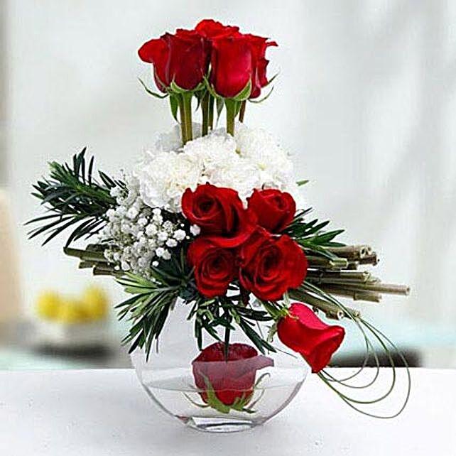 Absolute Chic:Flower Arrangements to UAE