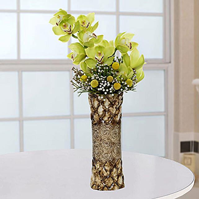 Bright Royal Flower Arrangement