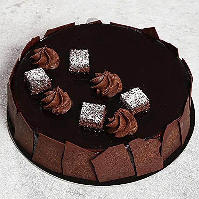 Chocolate Sponge Cake:Gifts for Boyfriend in UAE