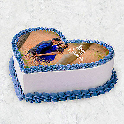 Heart Shaped Photo Cake 10 Pax:Photo Cake Delivery in UAE