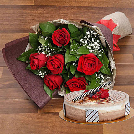Magnificent Rose Bouquet With Triple Chocolate Cake