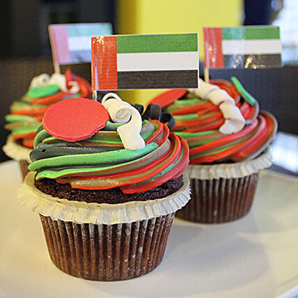 National Day Cup Cakes 9 Pcs