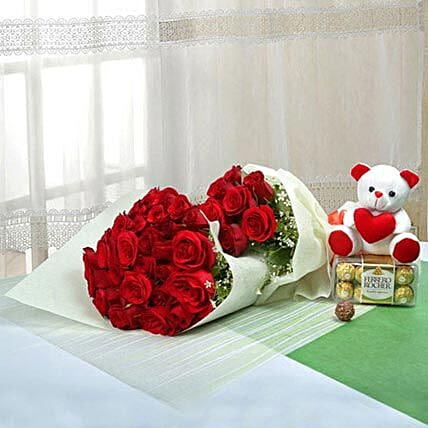 Passionate Gift Of Love:Flowers and Teddy Bears to UAE