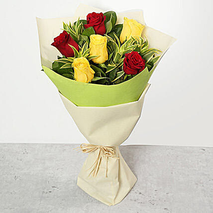 Red and Yellow Roses Bouquet:Send Roses to UAE