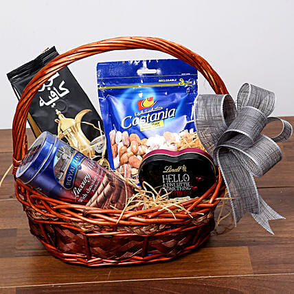 Snack and Sweet Basket:Dubai Gift Basket Delivery
