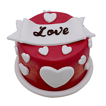 Special Love Cake For Valentines Day