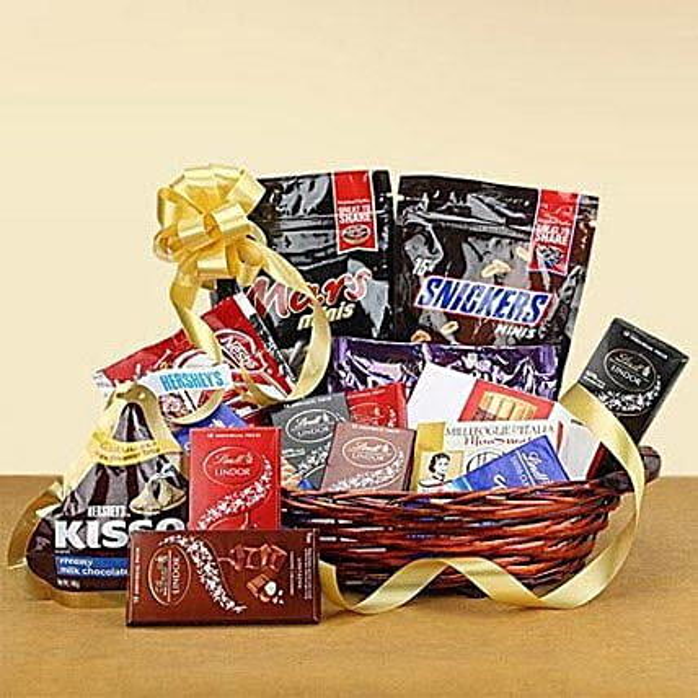 Galore of Happiness:Send Diwali Chocolates to UAE