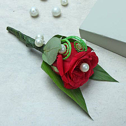 Dress with style:Same Day Rose Delivery in UAE