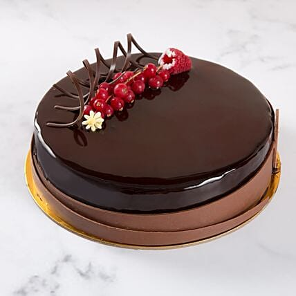 Eggless Chocolate Truffle:Eggless Cake Delivery in UAE