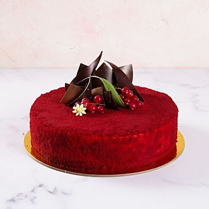 Red Velvety Cake:Send Anniversary Gifts to UAE
