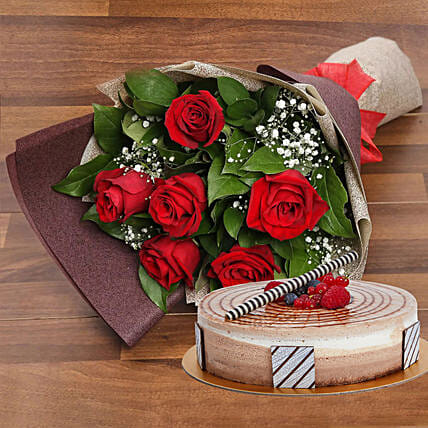 Chocolate Cake and Red Roses Bouquet Combo:Same Day Rose Delivery in UAE