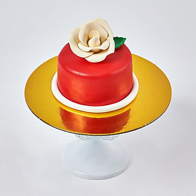 Exotic Red Mono cake