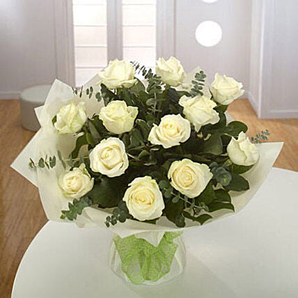 White Roses Bouquet Standard