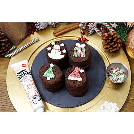 Christmas Decor Baby Sponges:Send Christmas Cakes to UK