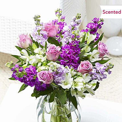 Classic Roses And Alstroemeria Bunch