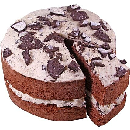 Delicious Cookies And Cream Cake