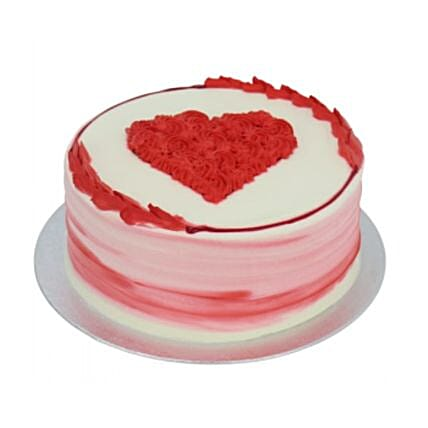 Delish Valentine Cake:Order  Cakes to UK