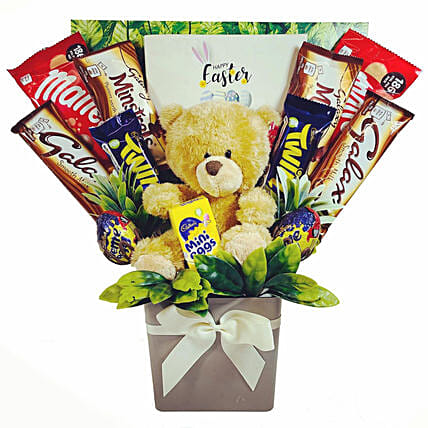 Eas Spec And Cute Teddy Bouquet