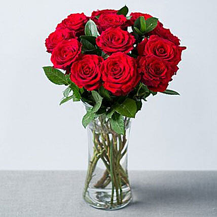 Elegant Bouquet Of Romance 12 Red Roses