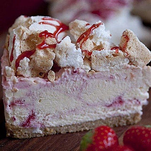 Eton Mess Strawberry Cheesecake