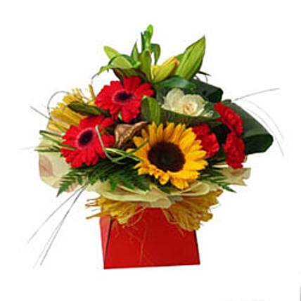 Expression of Elegance:Flower Arrangements to UK
